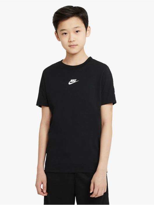 Nike T-skjorter Repeat svart