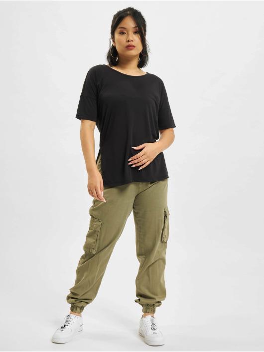 Nike T-skjorter Layer svart