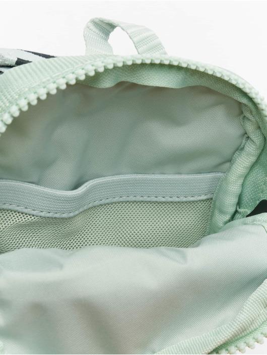 Nike Tasche Essentials S grün