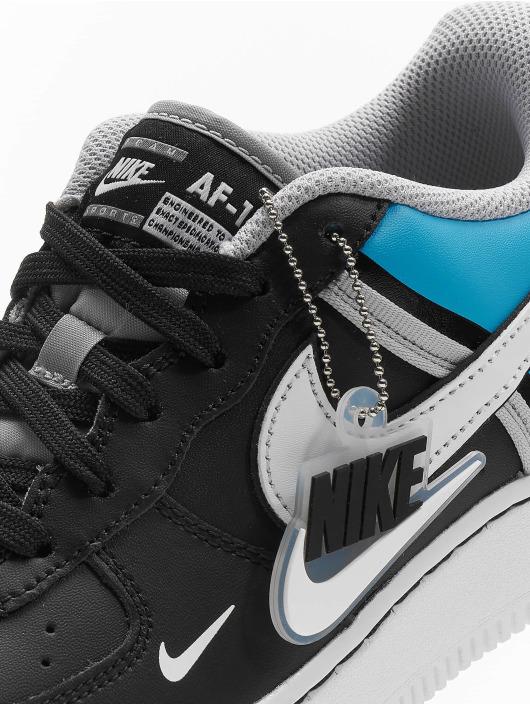 Nike Tennarit Air Force 1 LV8 2 musta