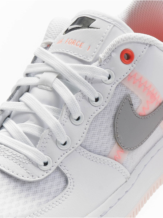 Nike Tennarit Air Force 1 LV8 1 valkoinen
