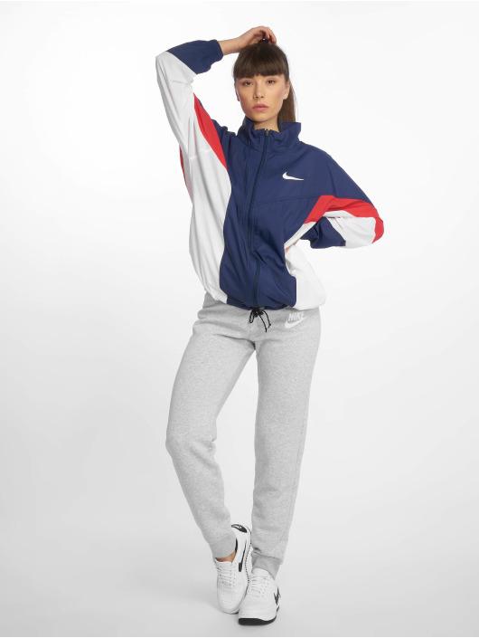 Nike Toiminnallinen takki Sportswear Windrunner sininen