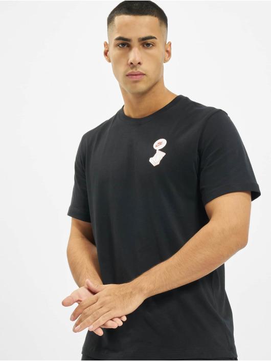 Nike Trika Sportswear čern