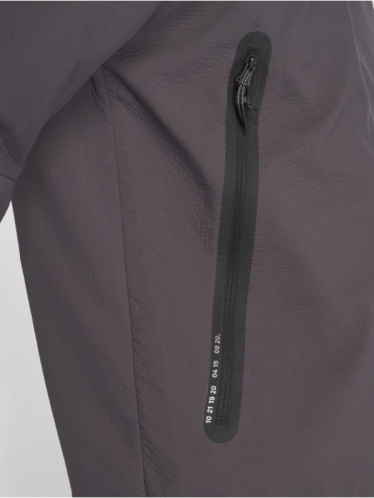 Nike Übergangsjacke Tech Pack grau