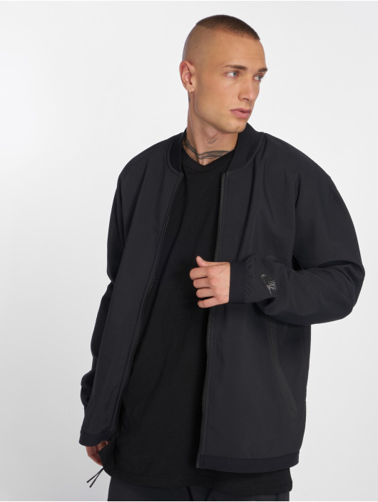 Nike Übergangsjacke Sportswear Tech Pack schwarz
