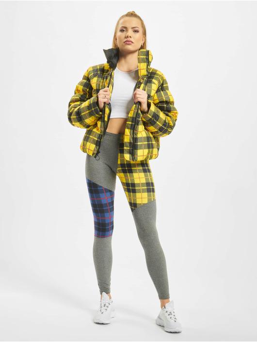 Nike Vattert jakker Synthetic Fill AOP PD gul