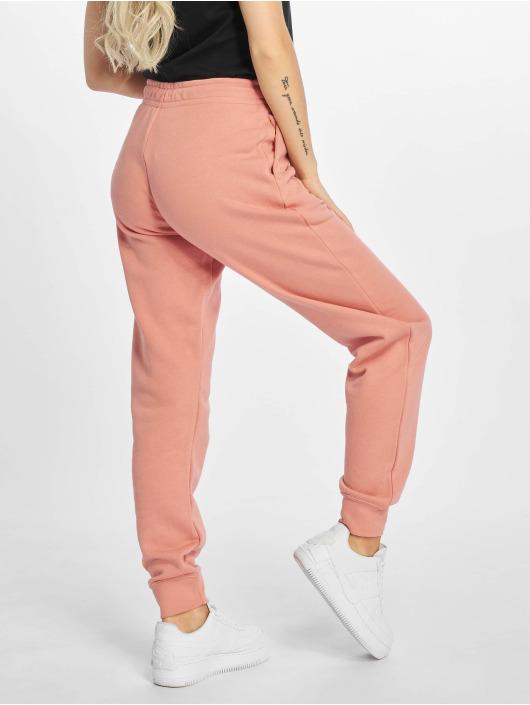 Nike Verryttelyhousut Essential Regular Fleece roosa