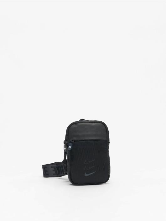 Nike Vesker Essentials S svart