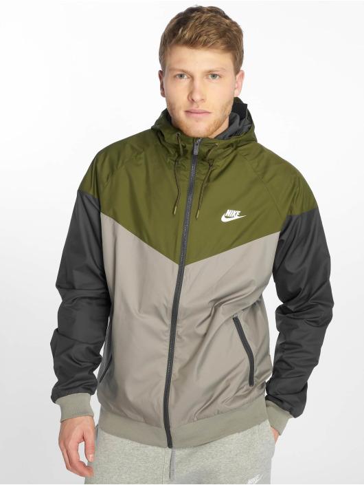 Nike Veste mi-saison légère Sportswear Windrunner olive