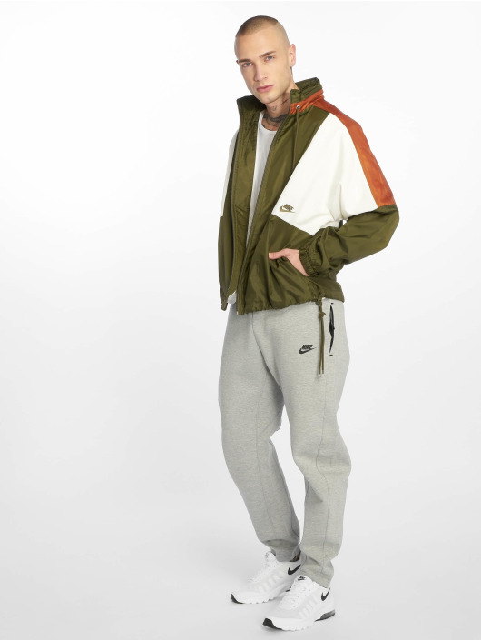 Nike Veste mi-saison légère Sportswear Colorblock olive