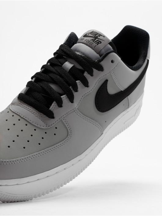 Nike Zapatillas de deporte Air Force 1 '07 gris