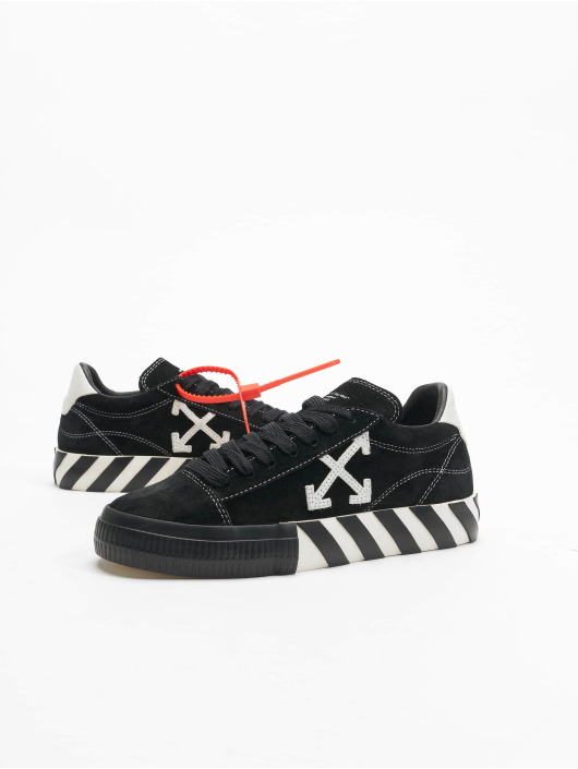 Off-White Baskets New Arrow Low Vulcanized noir