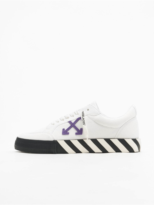 Off-White Sneakers Low Vulcanized Canvas white