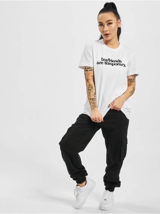 Off-White T-shirt Boyfriends Casual vit