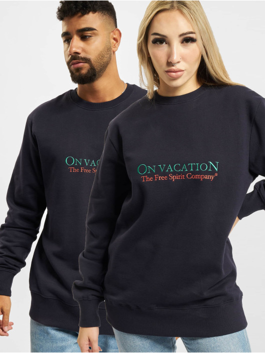 On Vacation Pullover Free Spirit Company blue