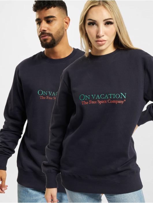 On Vacation Swetry Free Spirit Company niebieski