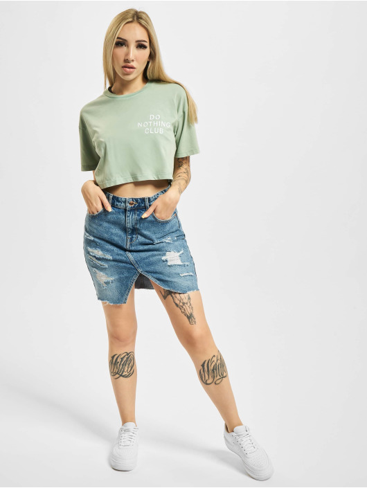 On Vacation T-shirt Cropped Do Nothing Club verde