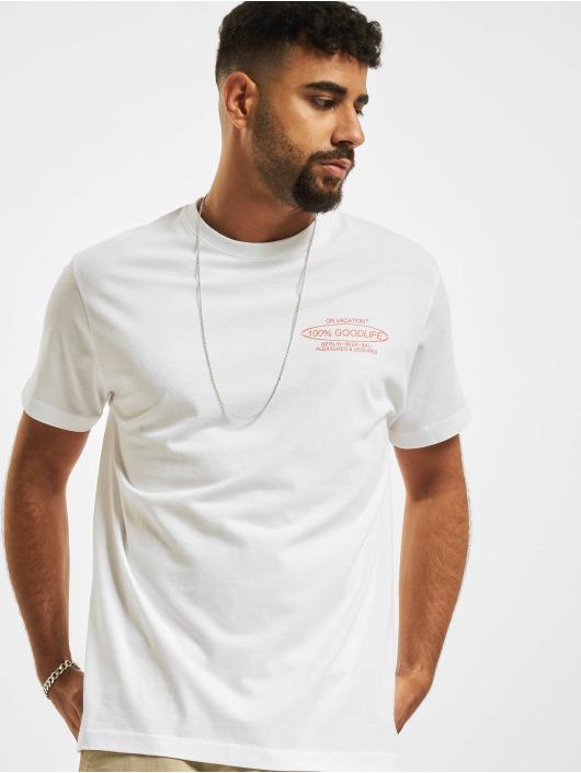On Vacation T-shirts 100% Goodlife hvid