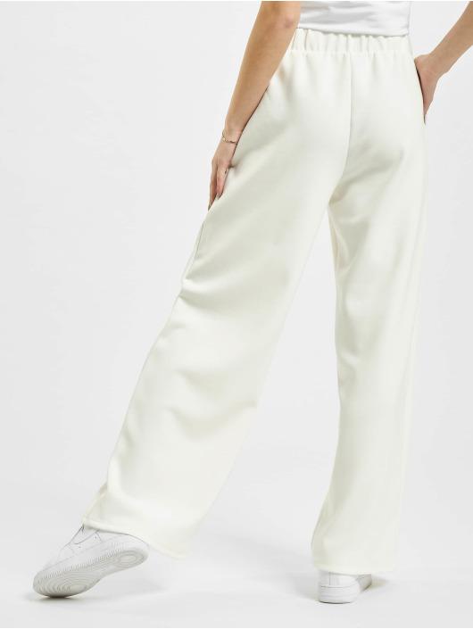 Only Spodnie do joggingu onlScarlett Wide bialy