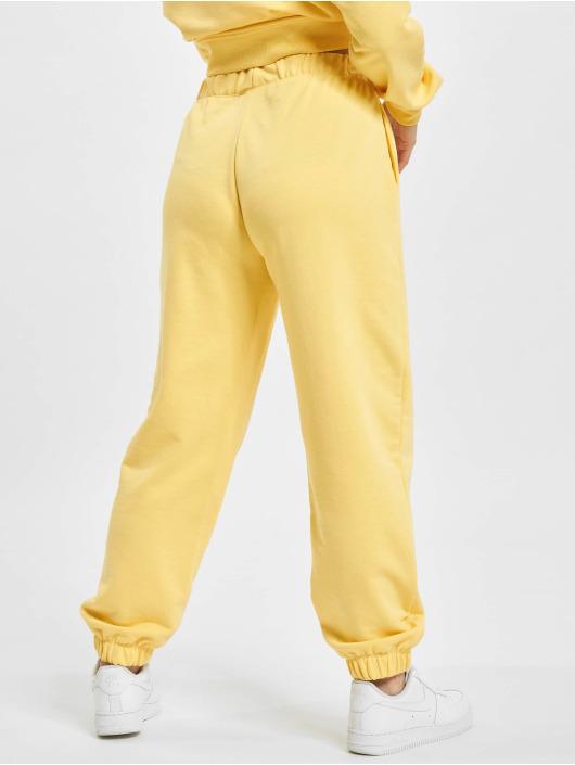 Only Spodnie do joggingu Onldaimi Life zólty