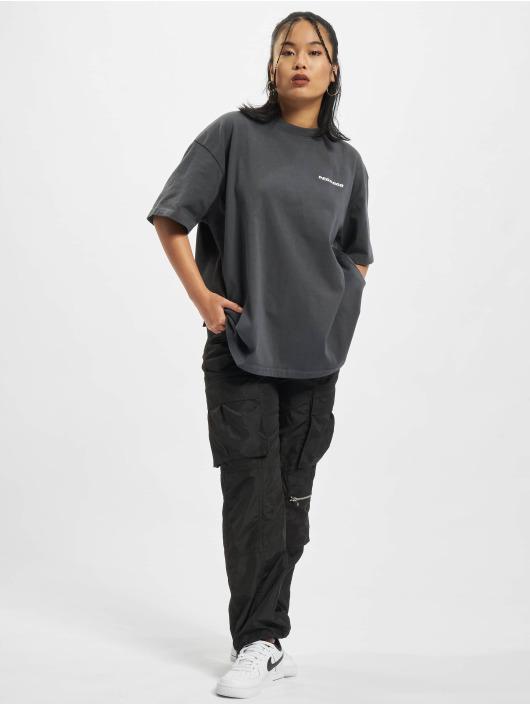 PEGADOR Camiseta Beverly Logo Oversized gris