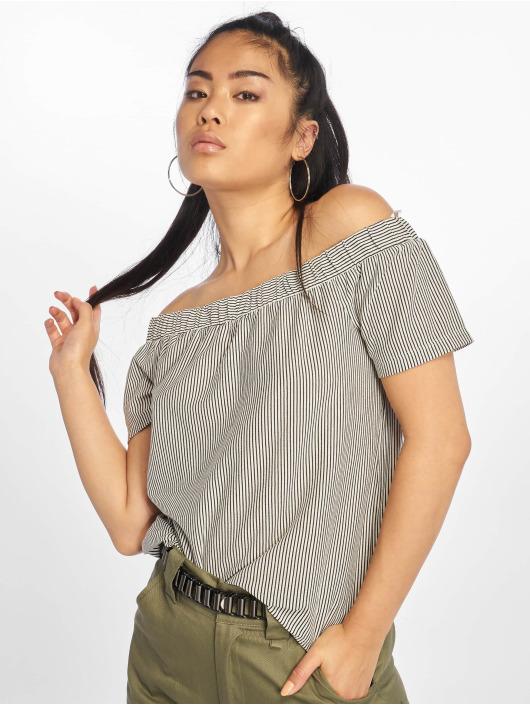 Pieces T-skjorter pcCayanna hvit