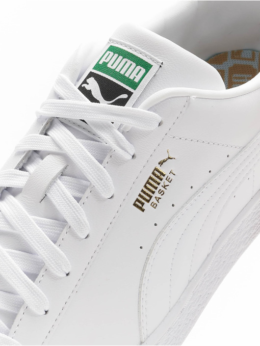 Puma Baskets Basket Classic XXI blanc