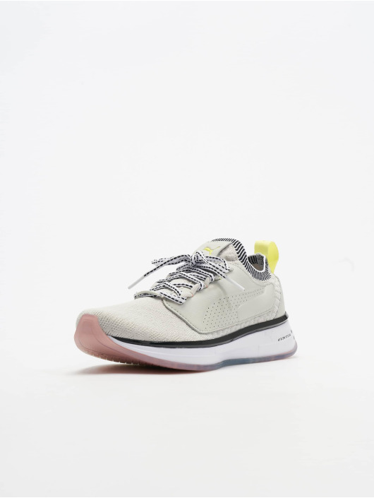Puma Baskets SG Runner Strength gris