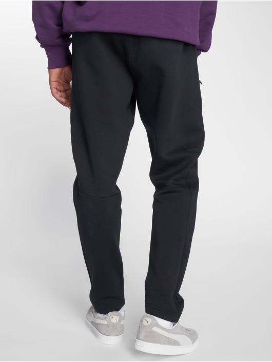 Puma Jogging kalhoty Pace čern