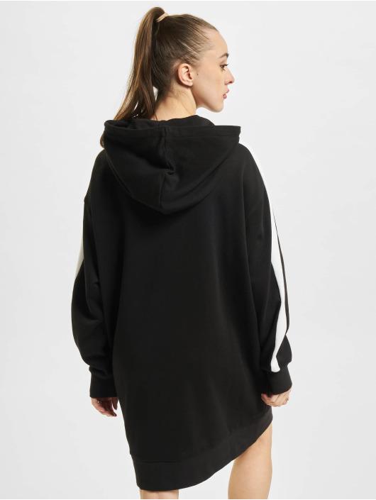 Puma jurk Iconic Hooded zwart