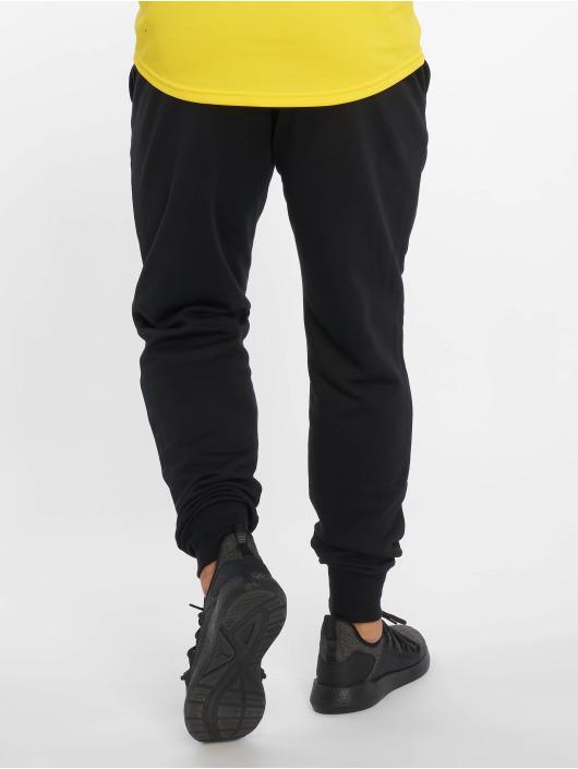 Puma Performance Jogger Pants ESS Logo czarny