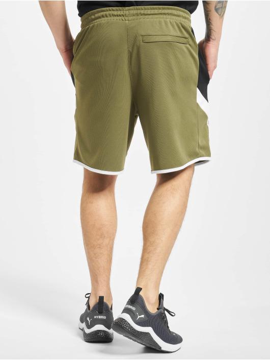 Puma Shorts Iconic MCS 8` olive