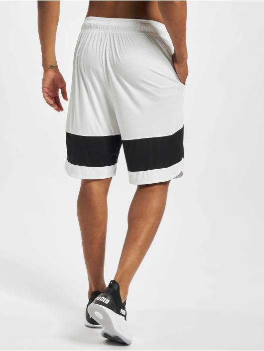 Puma Shorts Ultimate weiß
