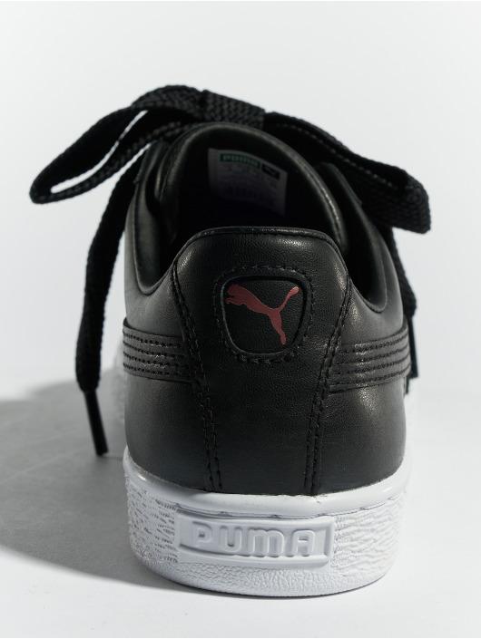 Puma Snejkry Basket Heart Leather čern