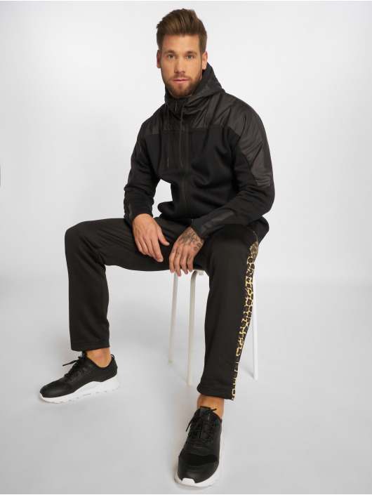 Puma Spodnie do joggingu Wild Pack czarny