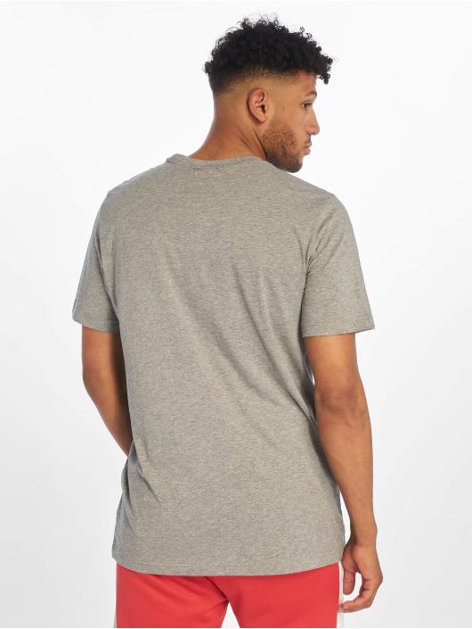 Puma T-shirt Classics grå