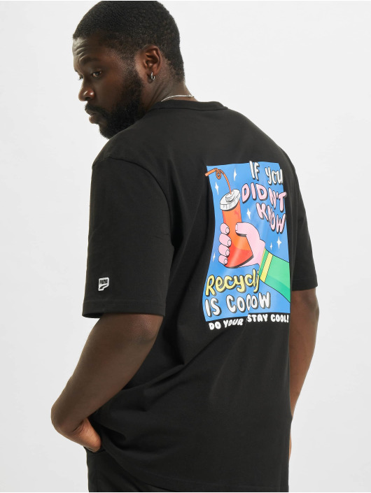 Puma T-shirt Downtown Graphic svart