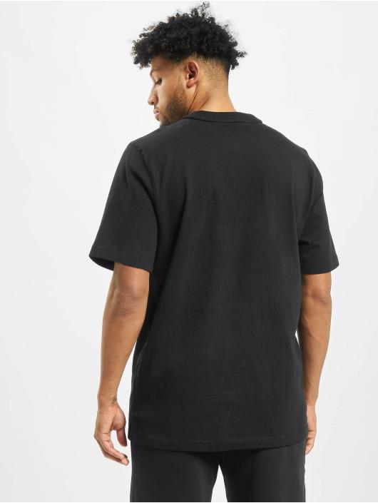Puma t-shirt Heavy Classics Tee zwart