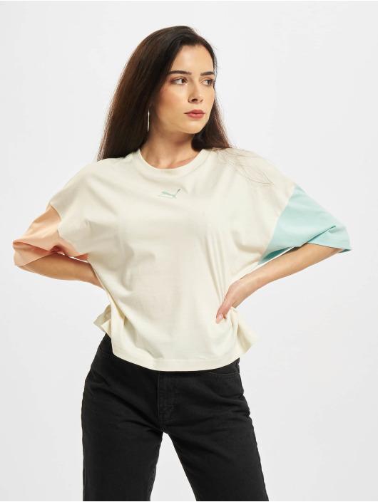 Puma T-shirts CLSX Boyfriend beige