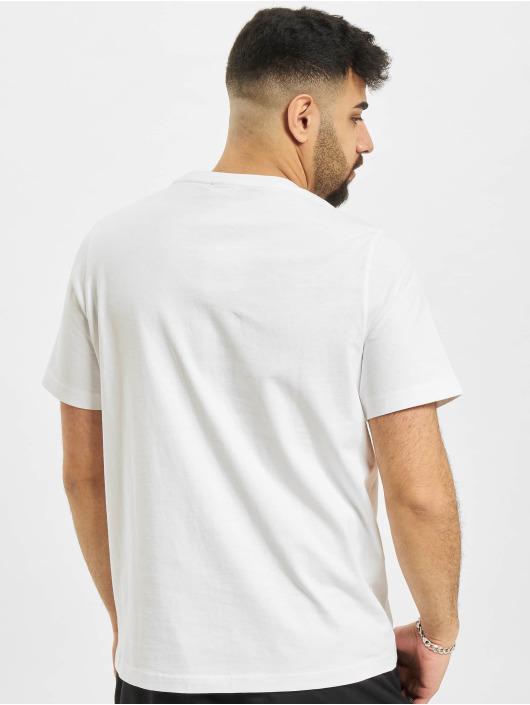 Puma T-shirts Classics Embro hvid