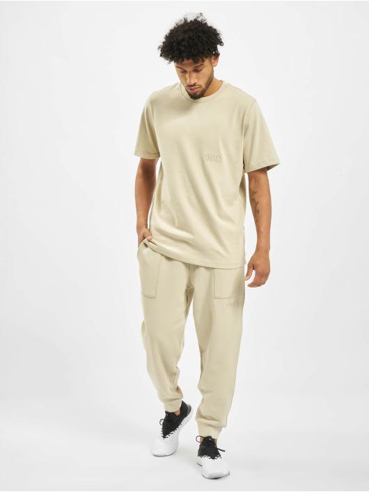 Puma T-skjorter Heavy Classics Tee beige