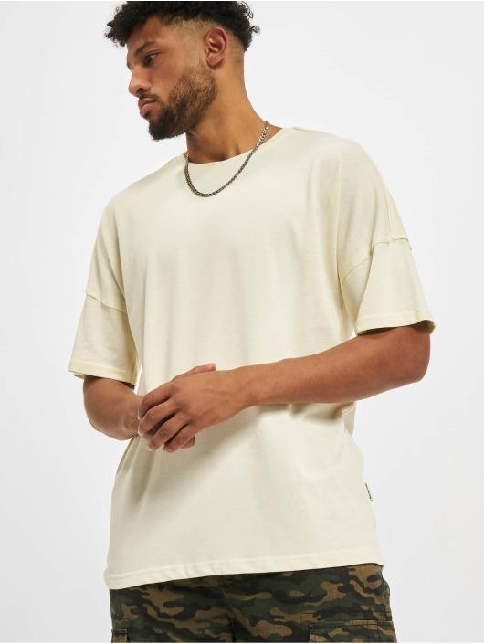 Redefined Rebel T-Shirt Rebel Conner blanc