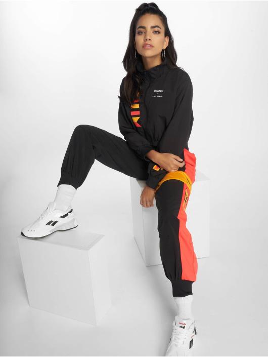 Reebok Lightweight Jacket Gigi Hadid black