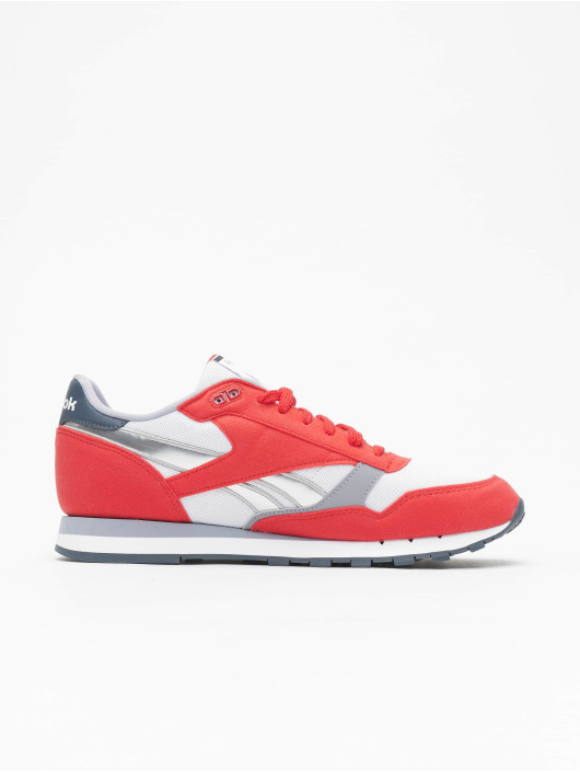 6117cdf200e Reebok schoen / sneaker Cl Leather Rsp in rood 463762