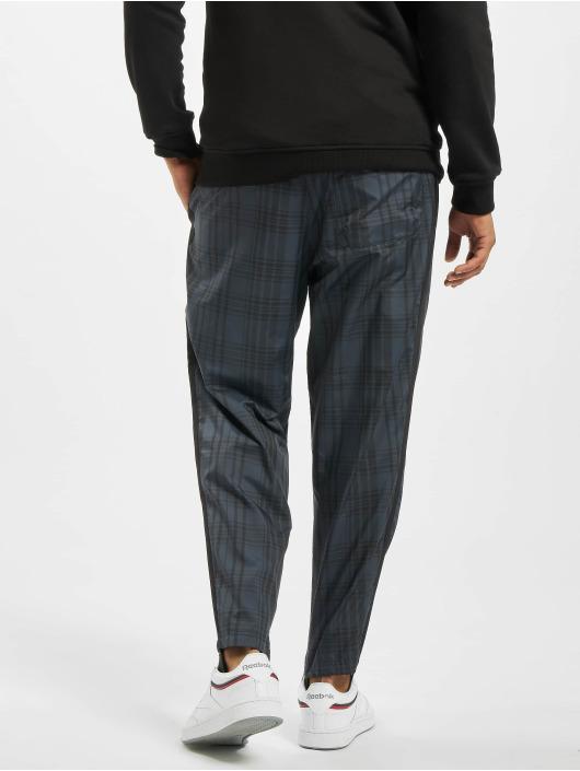 Reebok Sweat Pant Vector Plaid black