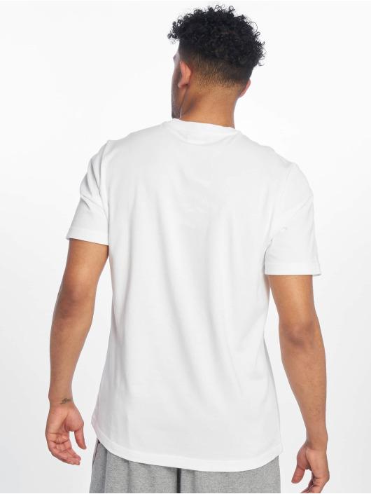 Reebok T-skjorter Classics V hvit