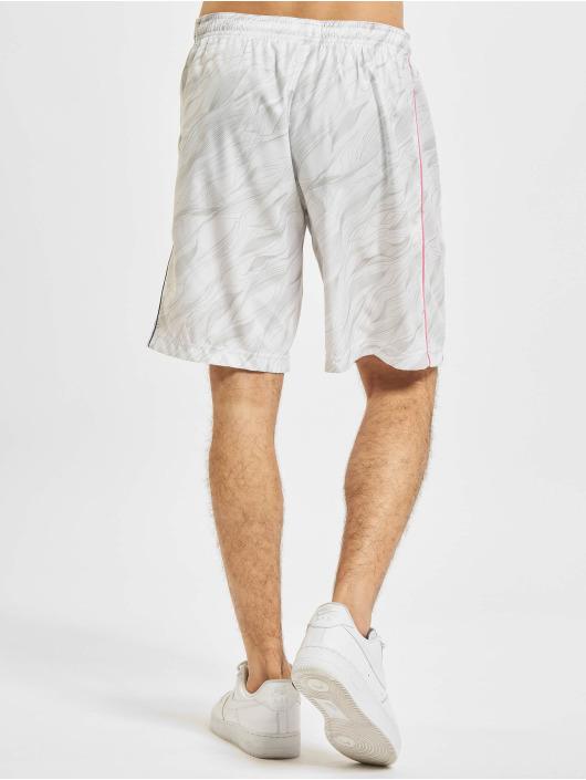 Sergio Tacchini Shorts Liquify weiß