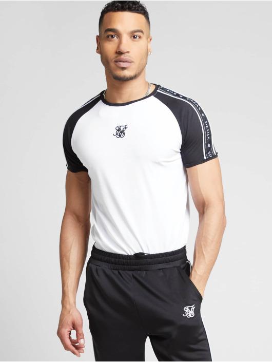 Sik Silk T-skjorter Raglan Straight Hem Tape Gym hvit