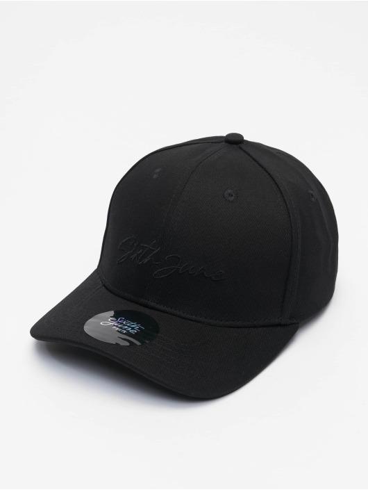Sixth June Snapback Cap Signature Velvet Logo schwarz