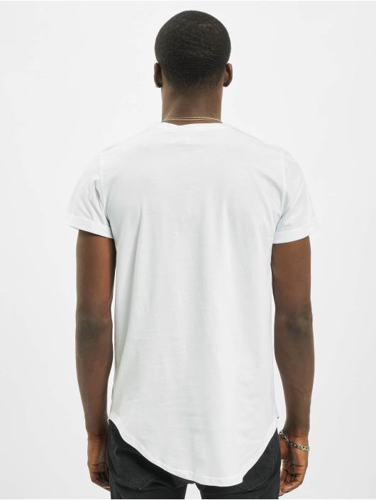 Sixth June T-paidat Wild valkoinen
